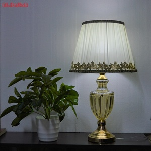 Image 2 - Lâmpada de mesa moderna, estilo europeu, para quarto, sala de estar, decoração de luxo, lâmpada de mesa, iluminação de mesa lateral