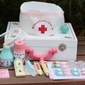 Brinquedos Brincar de Casinha De Brinquedo de Madeira do bebê Brinquedo Caixa de Medicina Simulação Gabinete Médico Populares Jogos do Presente de Aniversário