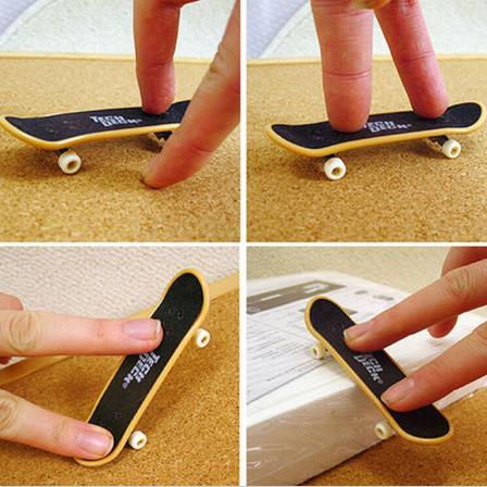 Kids Wooden Fingerboard Skateboard Finger Skate Board Desktop Child Toys GiftsUK