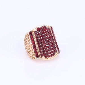 Image 4 - Nuevos conjuntos de joyería de moda de Color dorado para boda, Gargantilla de cristal rojo, pendientes, pulsera, anillo, conjunto de joyería nupcial