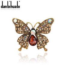 New fashion colorful rhinestone butterfly brooches for women animal brooches fashion jewelry scarf bukle wedding bouquets