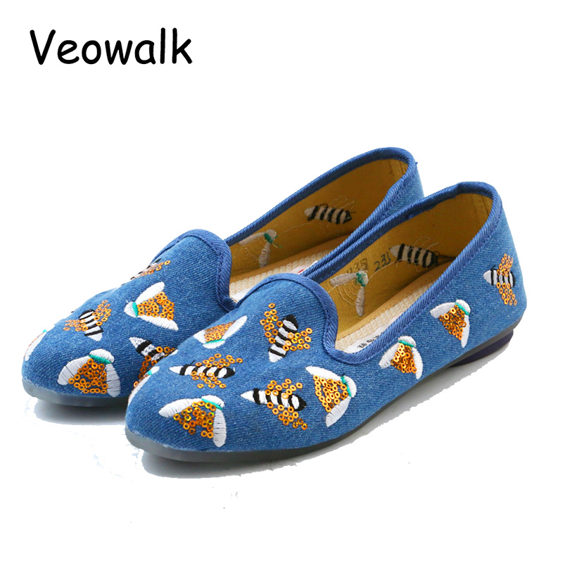 Veowalk Women Casual Red Canvas Flat Shoes Pointed Toe Low Top Fashion Bees Embroidered Ladies Loafers