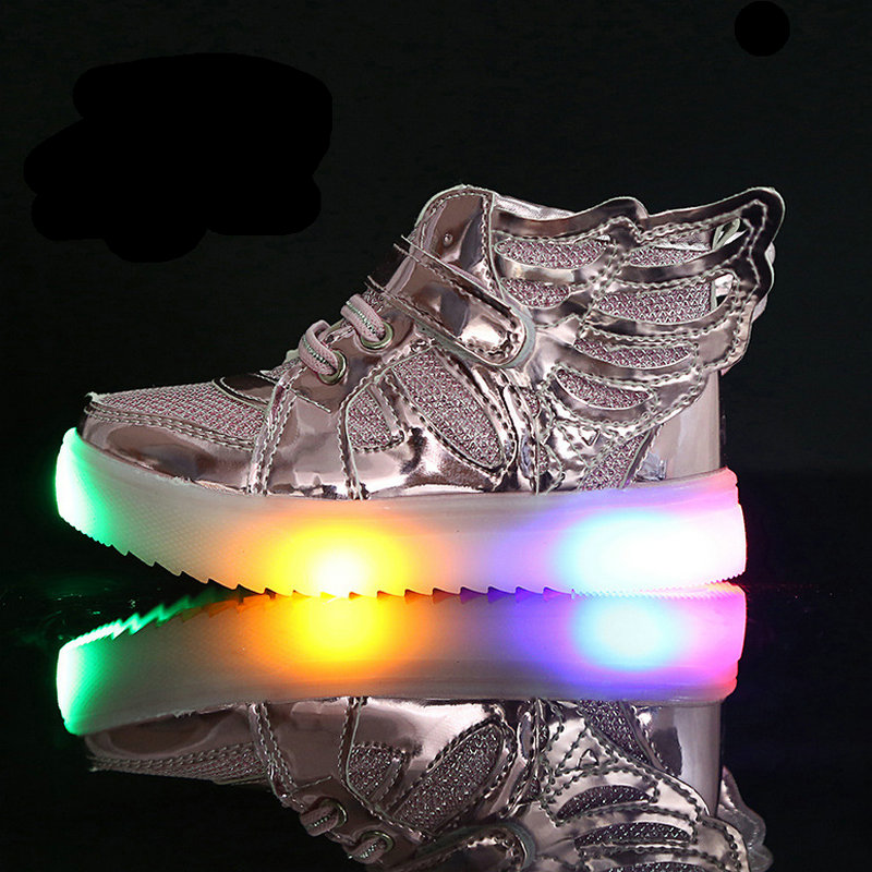 2017 New Spring Kids LED shoes breathable Children Casual shoes Boys girls flashing LED fashion glowing sneakers with light