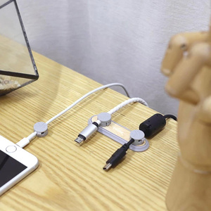 Image 2 - الأصلي Youpin كابل مغناطيسي منظم سطح المكتب إدارة حامل وصلة كابل كليب للمنزل الذكي