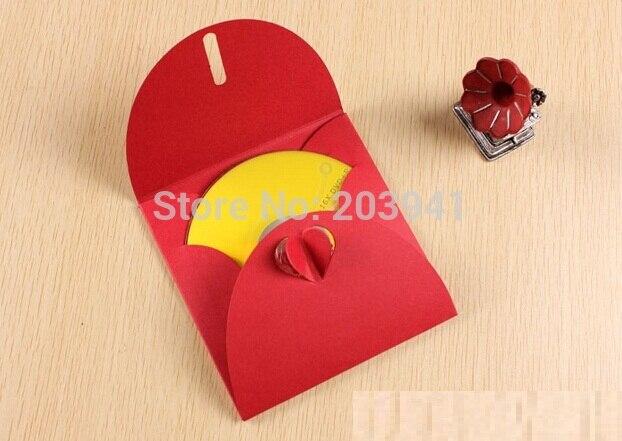 40PCS/lot  Red Kraft Paper Clamshell Folding Slotted Love Snap Design CD Envelope Card Bag 130*130mm