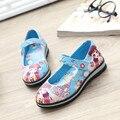 Linda chica causales zapatos de cuero de la historieta 3D graffiti imprimir princesa zapatos para 3-12yrs zapatos de las muchachas de los niños al aire libre caliente venta