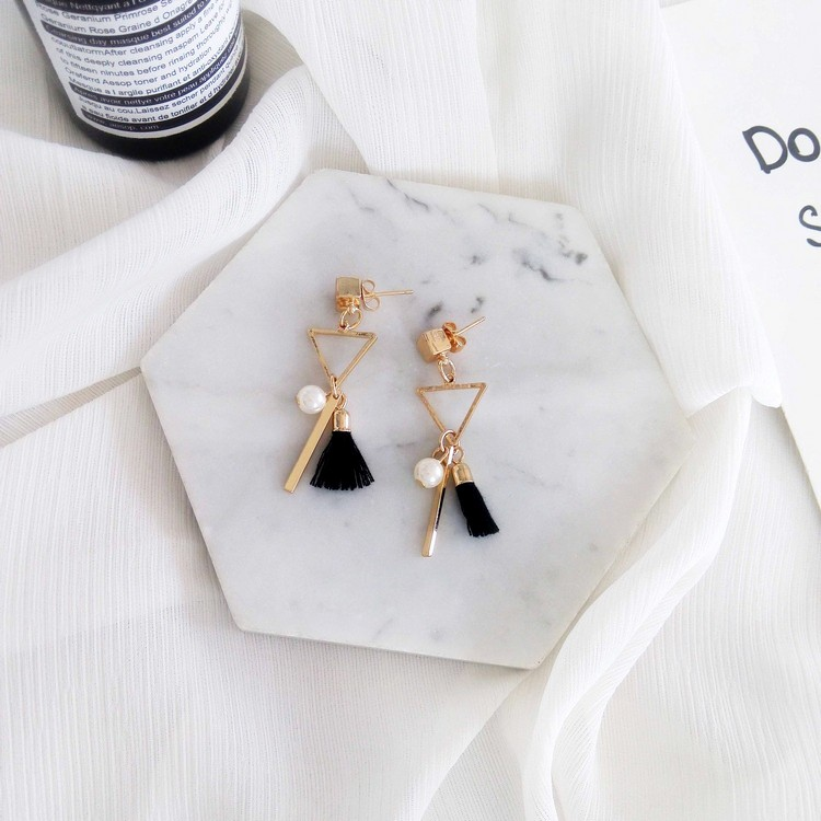 Pure and fresh and restore ancient ways small tassel earrings fashion minimalist geometric triangle personality female stud in Stud Earrings from Jewelry Accessories