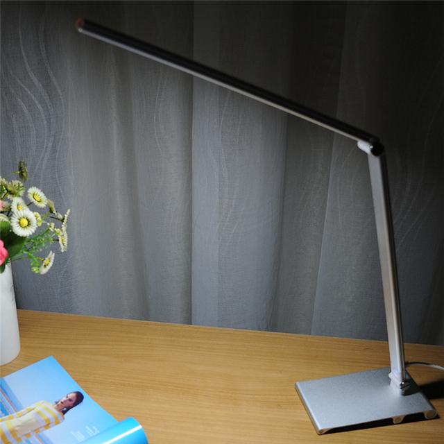 5W Flexible 60 LEDS SMD 3014 AC110-240V/DC5v Desk lamp Energy Saving Adjustable Table Lamps Reading Light