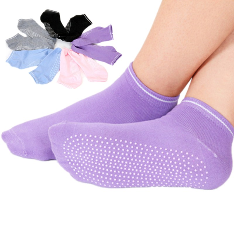 1 Pair Women Yoga Socks Anti Slip Silicone Gym Ballet Socks Fitness Sport Socks Cotton Breathable Elasticity Socks