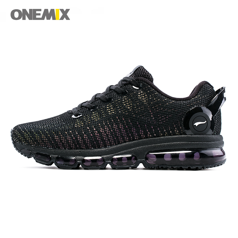 купить ONEMIX Men Running Shoes 2018 New Style Lightweight Colorful Reflective Mesh Vamp Sport Sneakers Discolor Run Trainers Walking по цене 4369.52 рублей