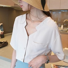 все цены на Korean Summer Short Sleeve Women Blouses and Tops Solid V Neck Blouse Casual Chiffon Shirts Female Pocket Loose Blouses Tops онлайн