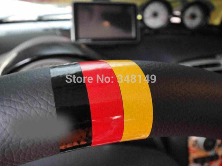 車のスタイリングのステアリングホイールステッカードイツ旗フォルクスワーゲンシュコダオクタベンツパサートb5 vwゴルフ4 5 6 7ティグアンpolo jetta bmw
