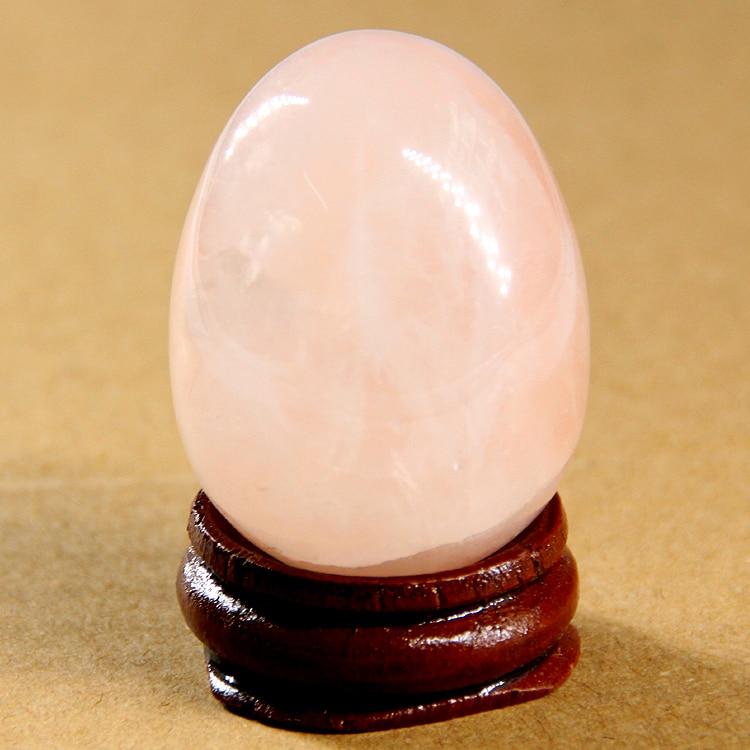 2017 40*30mm quartz rouge cristal Oeufs Avec socle en bois Naturel pierre perles colliers Cloche Chakra Guérison Reiki pierre Sculpté Artisanat
