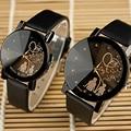 Amantes relojes yazole 2017 un par de pares de la manera reloj de las mujeres hombres Top Brand Lxury Famoso Hombre Mujer Reloj de Pulsera de Cuarzo reloj