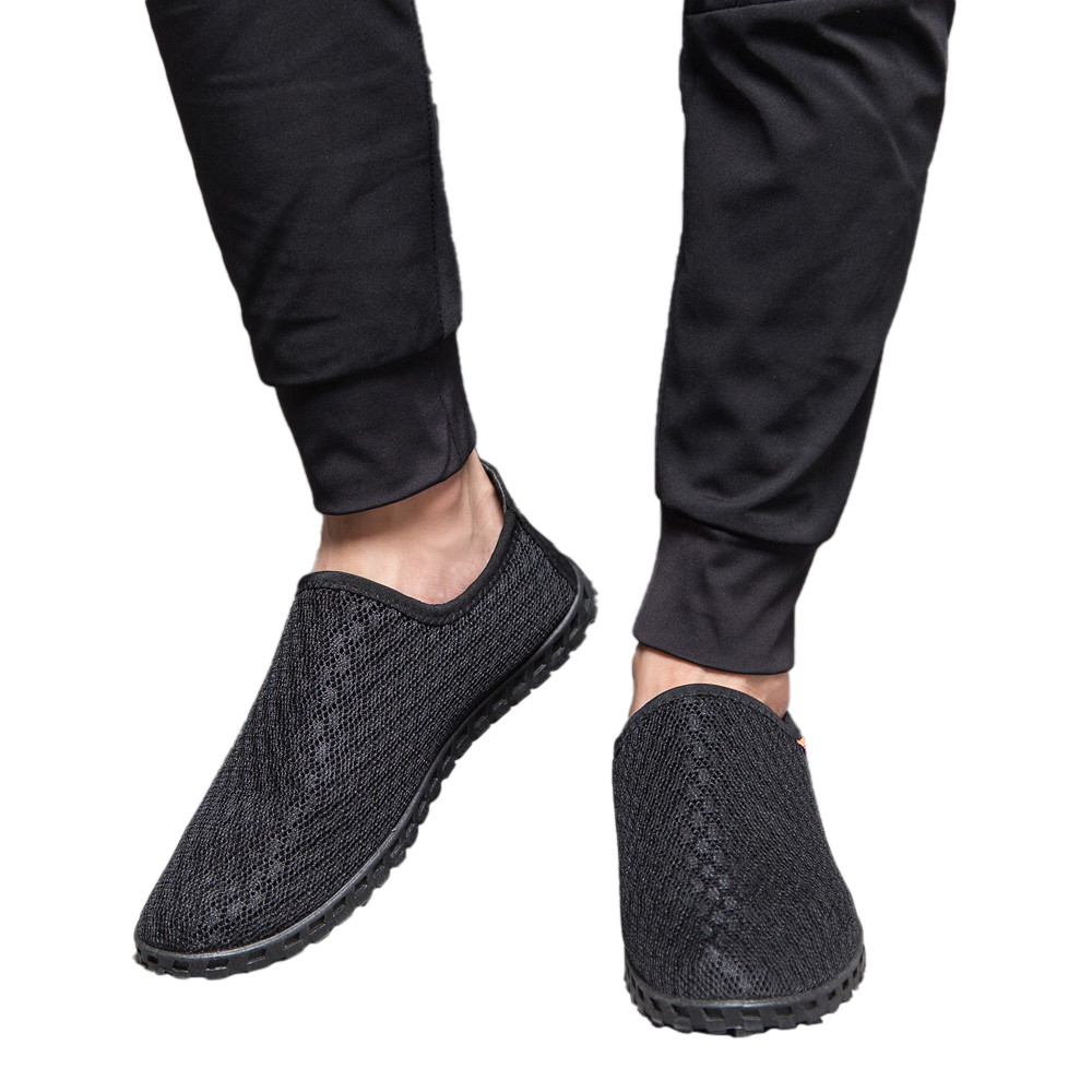 все цены на Summer Hot Sale Boat Shoes Men Hollow Out Breathable Mesh Loafers Men Casual Shoes Comfortable Soft Male Shoes онлайн