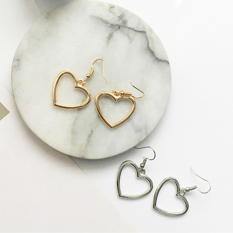 Hot sales Korea sweet hollow geometric heart-shaped love earrings cute gold color heart stud earrings For women party earrings