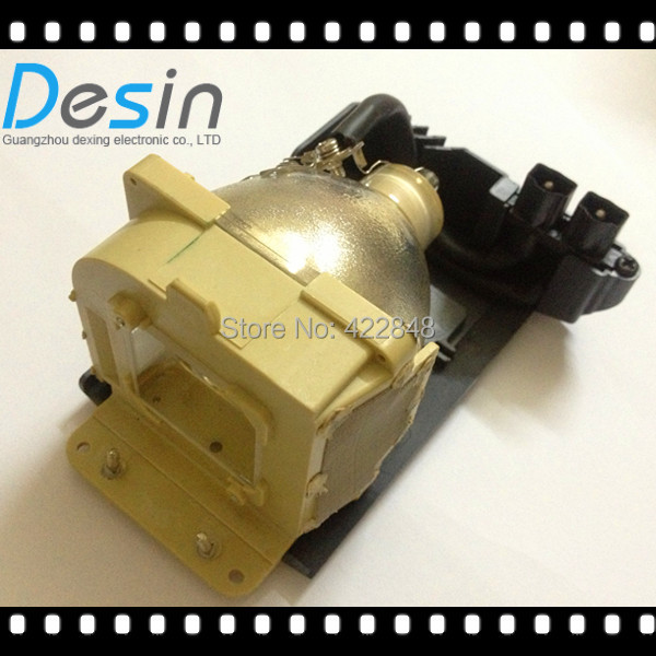 все цены на Original Projector housing Lamp Bulb 28-057 for projector PLUS U7-132 U7-132H U7-132HSF U7-132SF U7-137 U7-137SF U7-300 projecto онлайн