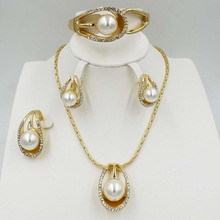 nwe  Dubai Fashion Charming Women's Jewelry Set Luxury Crystal White Pearl Necklace Bracelet Wedding Accessories