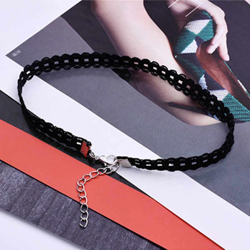 Sexy ahuecado negro encaje gargantilla collar mujeres elegante gótico gargantilla cadena moda corto collar accesorios barato al por mayor