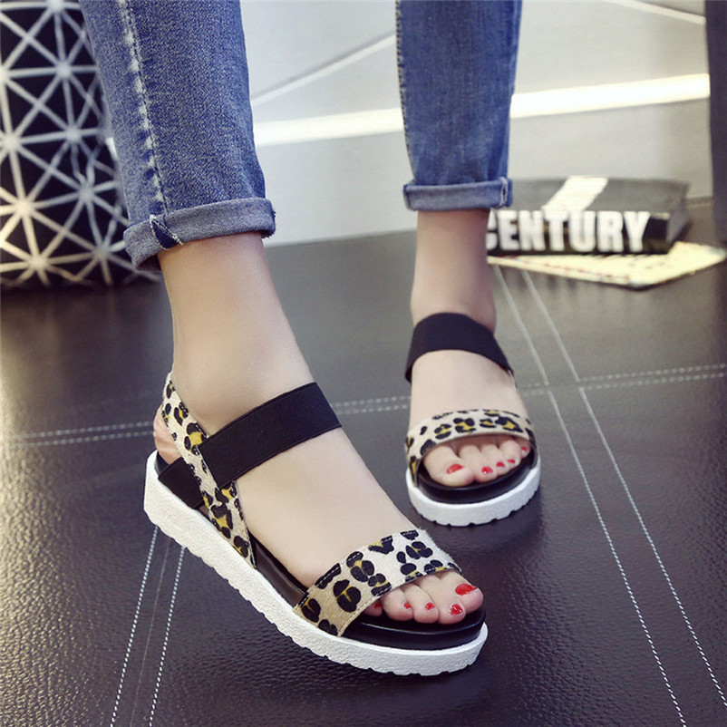 2018 Summer Gladiator Sandals Women Aged Leather Flat Fashion Women Shoes Casual Occasions Comfortable Female Sandals Sandalia women sandals 2017 summer shoes woman wedges fashion gladiator platform female slides ladies casual shoes flat comfortable