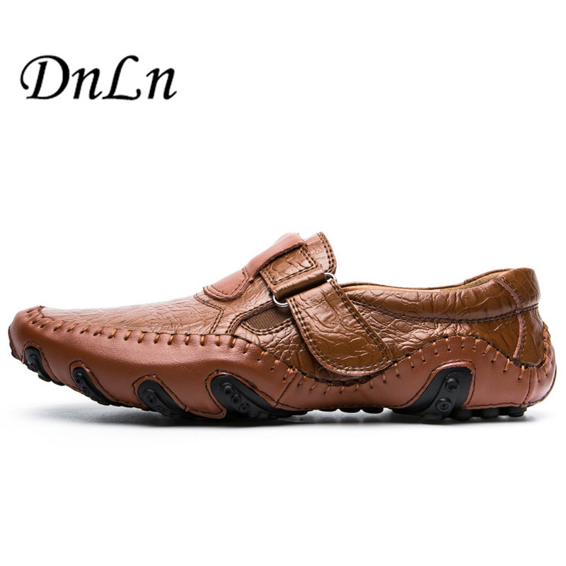 Handmade Men Flats Shoes Anti Slip Loafers Moccasins Genuine Leather Casual Driving Shoes,Soft And Massage Men Shoes D30 men s genuine leather casual shoes handmade loafers for male men waterproof flat driving shoes flats