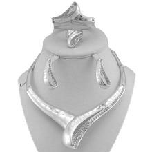 Посеребренная мода ювелирные наборы женщины ювелирные изделия устанавливает изысканные ювелирные наборы женщины ожерелье свадебные украшения