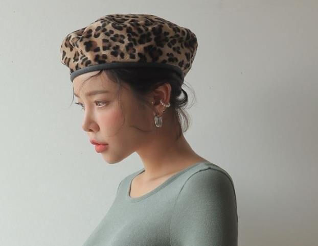 56-58 cm. Cap Boina de lã Chapéus de Inverno Para As Mulheres do Sexo  Feminino Plana Malha 100% Cashmere ... b0298f2cb3e
