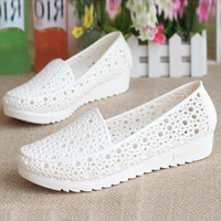 2016 Fashion Woman Sandals Sweet Cut Out Jelly Sandals Summer Flat Women Shoes 2 Colors Size