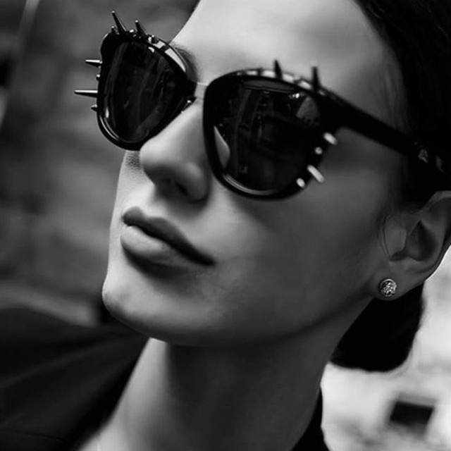 81afde82d5 JackJad 2018 Fashion Women Rivet Spike Decoration SteamPunk Sunglasses Cool  Rock Style Brand Design Sun Glasses