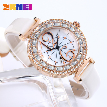 цена на SKMEI  Fashion Casual Rhinestone Women Watches Luxury Brand Leather Strap Quartz Watch Dress Ladies Wrist Watch Relogio Feminino
