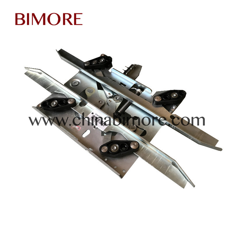 BIMORE D7 Elevator landing door vane KM902670G13 Lift car door skate use  for Kone spare parts