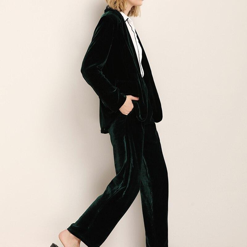 Kadın Giyim'ten Blazerler'de Kadın Blazer 100% Ipek Kadife Katı Bir düğme blazers Ofis Bayan tarzı Blusas femininas 2017 YENI Sonbahar Kış Yeşil'da  Grup 2