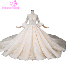 2019 Luxurious Feathers Wedding Dress Half Sleeves Top Bridal Gown Custom Made Ball Skirt With Flowers