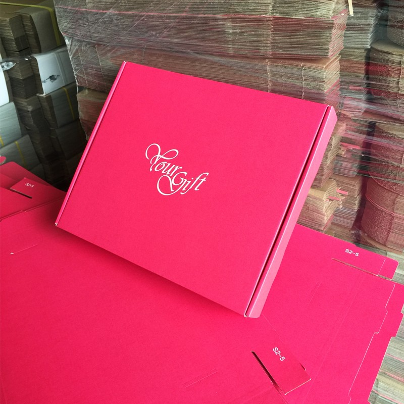 top-grade red red kraft paper box 9 sizes can be choose, S5-S8,S12,packing clothes box, good mail box gift boxes for shop