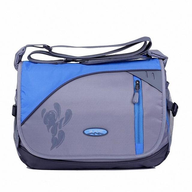 Moda Novos Homens Viajam saco do Mensageiro Corssbody Bag Casual Mochila Impermeável Nylon Unisex Mulheres de Design Bolsa de Ombro Capa LI-1424