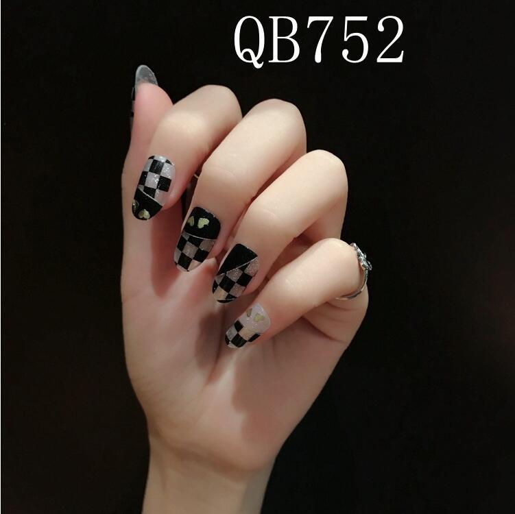QB752