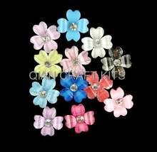 70 шт стразы из смолы цветы клевера 3d s блестки разных цветов