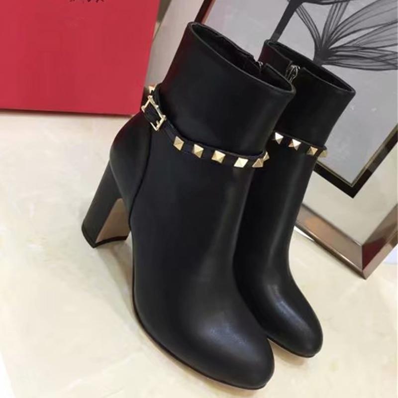 цена на 2018 Genuine Leather Black Women Boots Fashion Rivets Round Toe Chunky High Heels Pumps Runway Gladiator Party Dress Shoes Woman