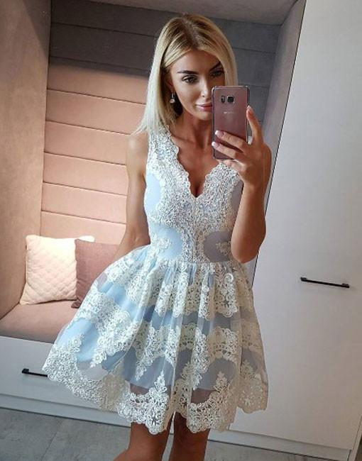 Sky Blue 2019 Elegant   Cocktail     Dresses   A-line V-neck Short Mini Appliques Lace Party Plus Size Homecoming   Dresses