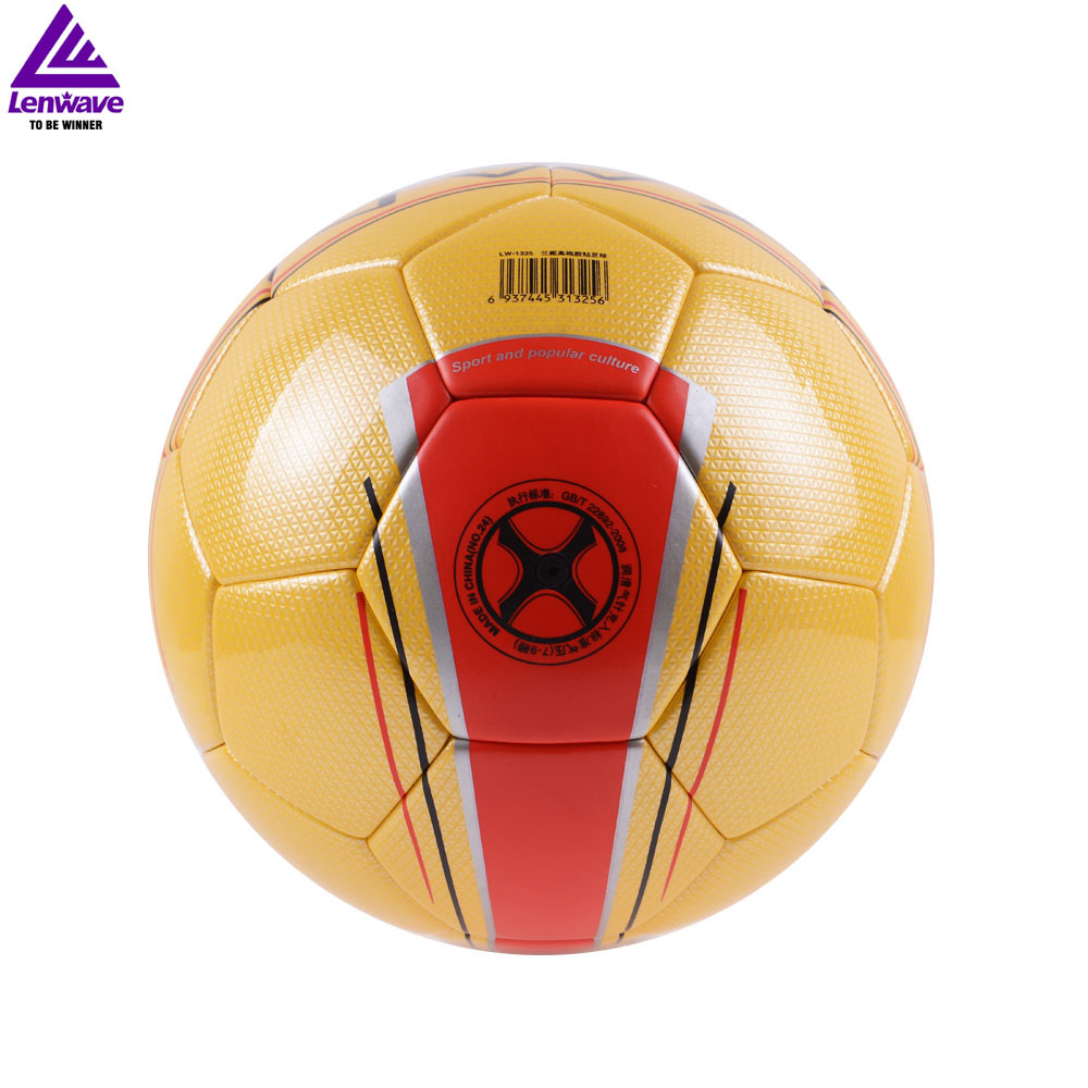 Look!!! 33 US Dollar 1 Piece Football / 100% High Quality Better PU Material Football And Ensure Positive brand