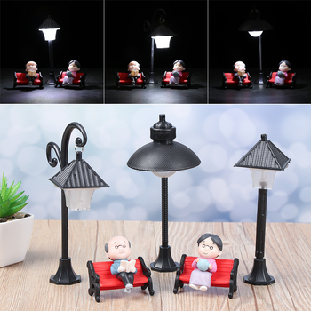 1PC Resin  Bonsai Ornament Street Lamp Figurine Streetlight Miniatures  Road Light Model Craft Home Decor Micro Landscape 1