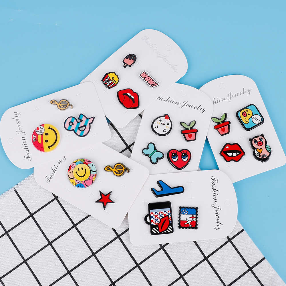 (3-4Pcs/Set) Multi Shapes Cartoon Icons on The Pin Kawaii Icon Badge on Backpack Badges for Clothing Acrylic Badges for Kids