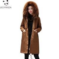 2019 Новый Для женщин зимние куртки Енот натуральный меховой воротник ватные Зимнее пальто парка Однотонная одежда Высококачественная верхн