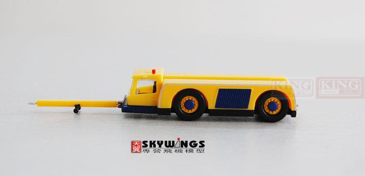 Herpa 550796 tractor / Trailer / containing cart link 1:200 commercial jetliners plane model hobby. xx2858 jc hongkong b747 200f wings vr hvy 1 200 commercial jetliners plane model hobby