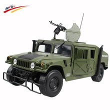Alloy 1:18 Military Armored Vehicle Diecast Model with 5 door available opened