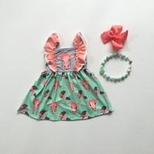 Del bambino delle ragazze vestito da estate della molla testa di mucca top verde vestito dal bambino delle ragazze boutique di abbigliamento vestito con gli archi e la collana