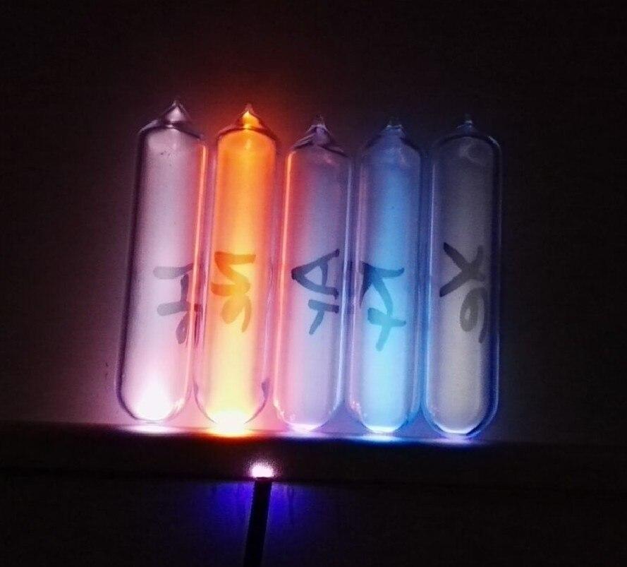 Un set completo di gas rari, elio, neon, argon, krypton e xenon, 5N, high purity rare gas, 5 tipi