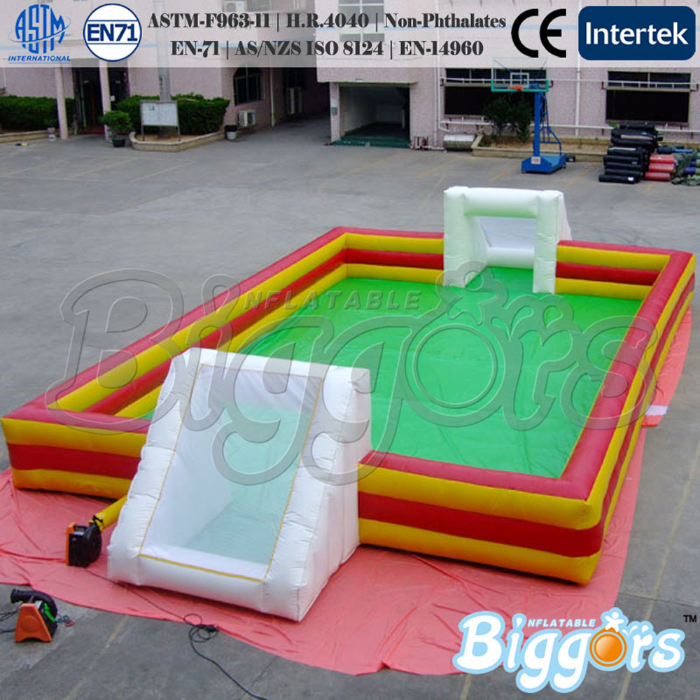 Free sea shipping inflatable soccer field sport toys with blower for kids free shipping juegos inflables 16x8 meters inflatable soccer field football court with pvc material for kids