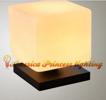 לבנית עץ בהיר בסיס מנורת שולחן מינימליסטי מנורה שליד המיטה בחדר שינה , חומר זכוכית , E27 , Ac110-240v