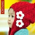 2016 Niñas Pequeñas Flores Sombreros del Invierno de Los Niños Casquillo Hecho Punto Lindo Proteja Los Oídos Sombrero Gorros de punto Chica de Moda Niños Para Beanie